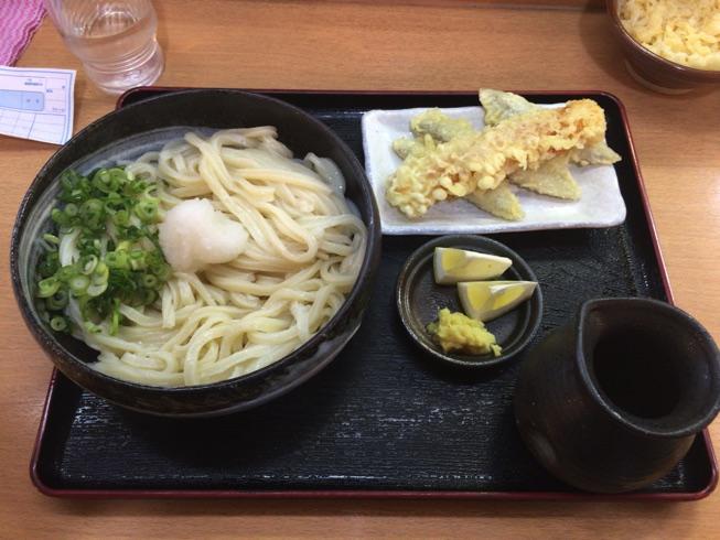 本格讃岐うどんと激ウマ天ぷら(ちくぼー)が味わえる!「さぬきうどん大木戸 福岡舞鶴店」