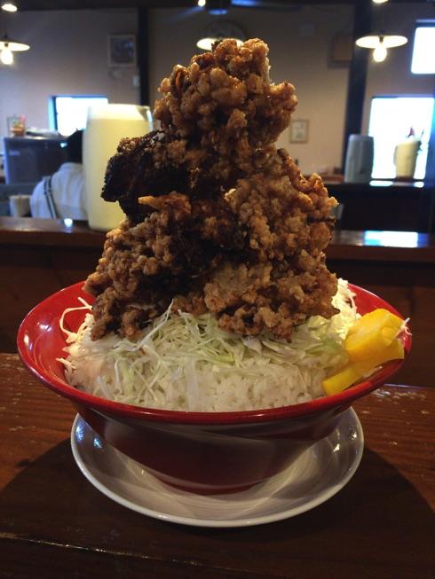 福大生御用達【大和家】でデカ盛りから揚げ丼を完食してきました。