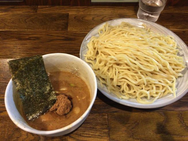 【新宿 風雲児】行列御免の大人気つけ麺を美味しく食べてきました。