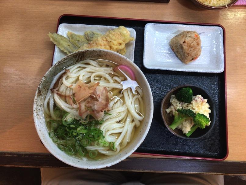 【さぬきうどん大木戸 福岡舞鶴店】注目のボテサラ戦争 勝利確定の美味さがありました。